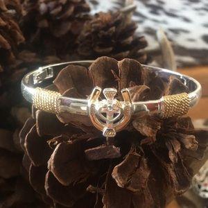 Jewelry - Silver horseshoe Cross Bracelet